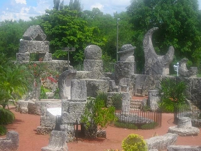 coral castle. awakening secret garden