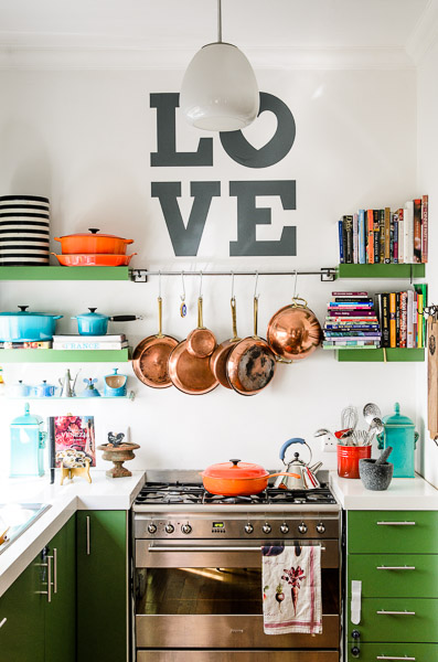 LOVE kitchen / photographed by Adrian Louw http://adriaanlouw.co.za/houses/