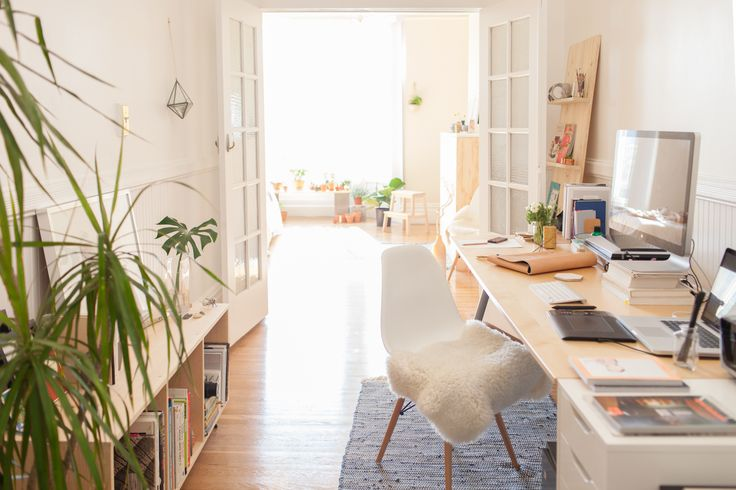 bright sunny workspace of Julia Kostreva via refinery20 | awakening sacred flow